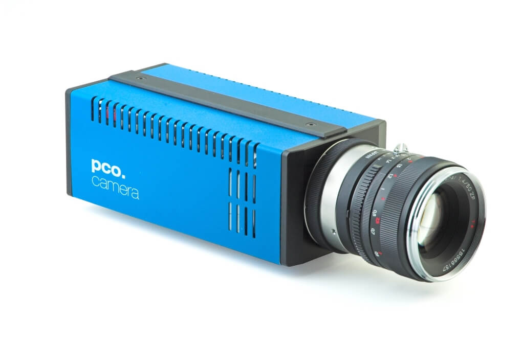 pco.2000 CCD camera system front right view image